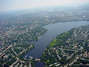 Hamburg (Au�enalster) aus der Vogelperspektive