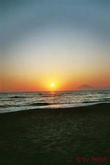 Strand von Kyllini beim Sonnenuntergang
